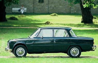 Alfa Romeo Giulia 1962 y Giulias