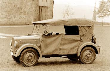 """Mercedes Benz: Las cuatro ruedas motrices """"History"""""""