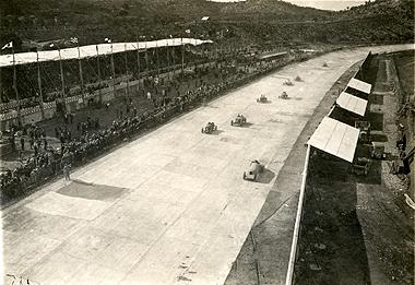 El Circuito Oval de Terramar revive con Espíritu de Montjuïc