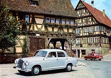 Mercedes Benz 180 berlina